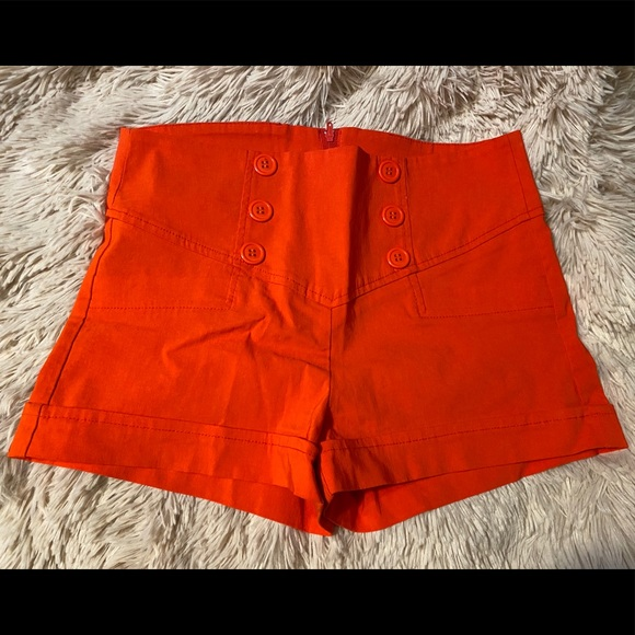 mandee Pants - Mandee Red Sailor Button Skort, size small
